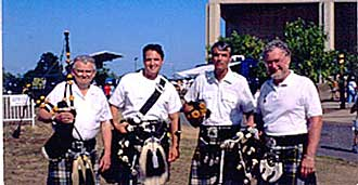 Photo: Clan Gordon Highlander Pipe Band